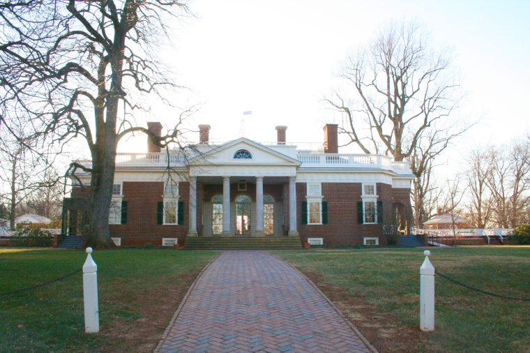 090122-monticello-front