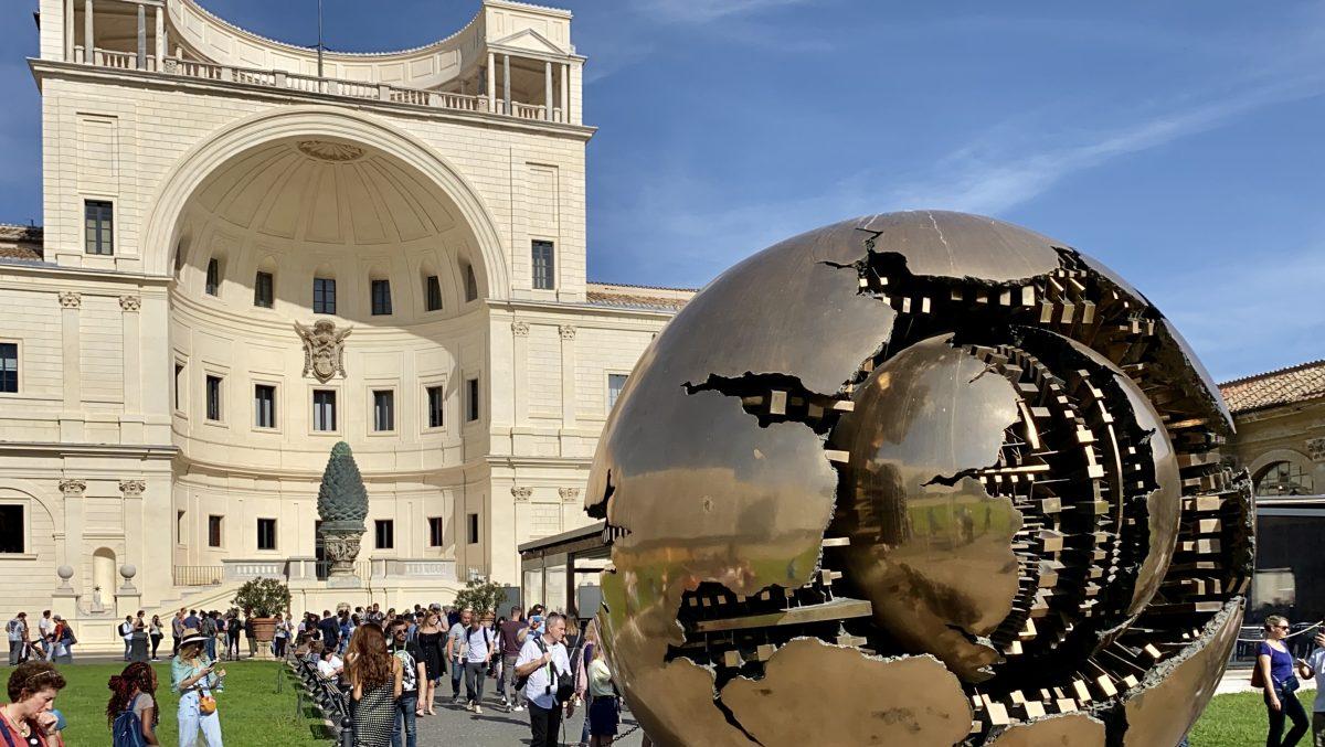 Travel Guide: Vatican City